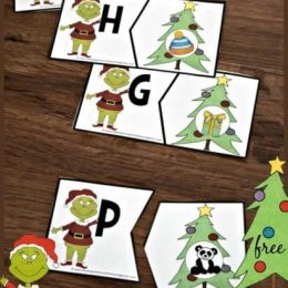 FREE Grinch Alphabet Puzzles