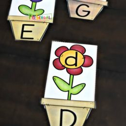 FREE Flower Letter Matching