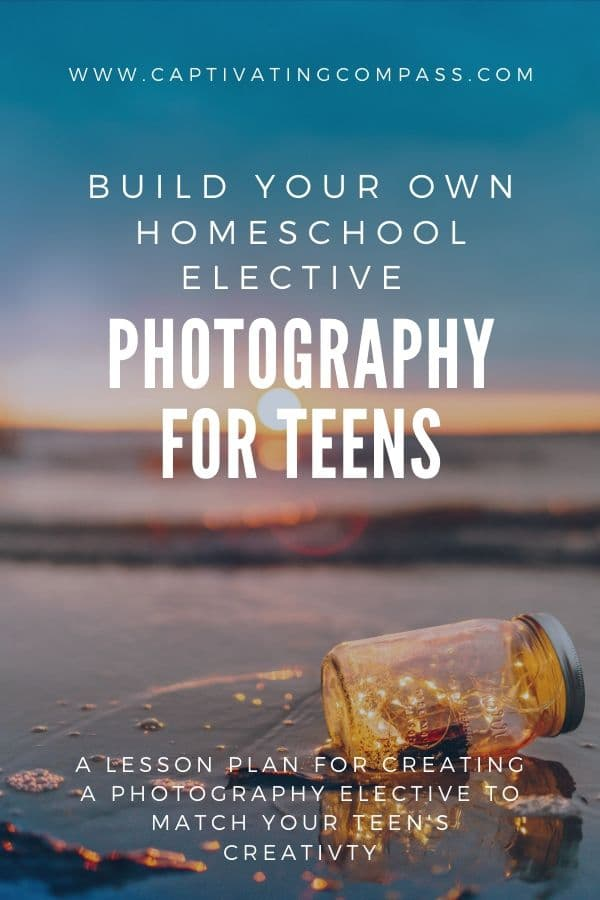 If your student has a camera app on their phone and a place to edit photos, you have all you need to create your own elective photography course! Find out more. #photography #teens #highschool #freehomeschooldeals #fhdhomeschoolers