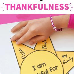 FREE Printable Simple Gratitude Craft. #fhdhomeschoolers #freehomeschooldeals #gratitudeprintable #thankfulprintable #givethanksforkids
