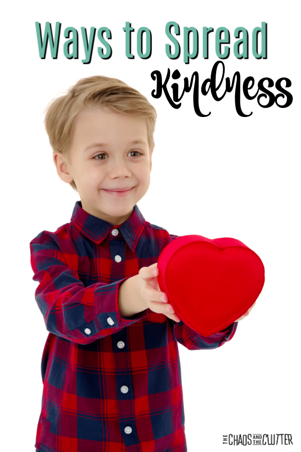 Spreading Kindness FREE Poster. #fhdhomeschoolers #freehomeschooldeals #spreadkindness #raisingkindkids #spreadingkindness