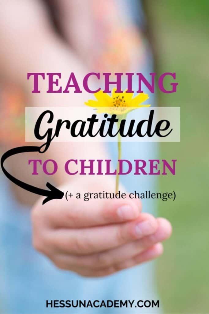 FREE Printable Gratitude Challenge. #freehomeschooldeals #fhdhomeschoolers #gratitudechallenge #teachgratitude #thankfulness