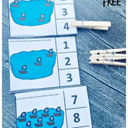 FREE Pirate Counting Cards. #freehomeschooldeals #fhdhomeschoolers #piratecountingcards #countingclipcards #piratethemecards #pirateprintables