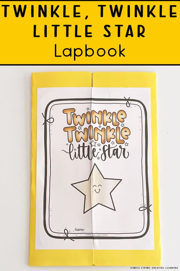 Free Outer Space Lapbook. #freehomeschooldeals #fhdhomeschoolers #starslapbook #learningaboutouterspace #outerspacelapbook
